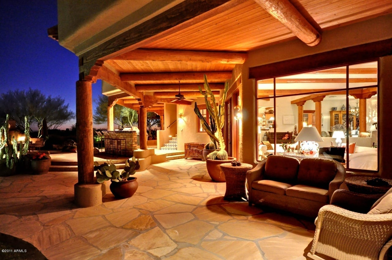 Architectural styles of arizona real estate scottsdale for Santa fe style homes