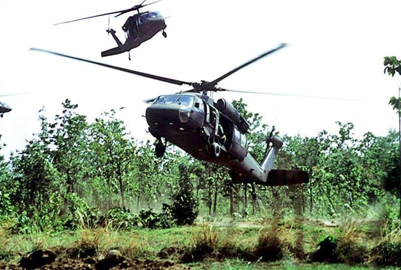 https://www.scottsdalerealestatearizona.com/wp-content/uploads/2015/01/Vietnam-Helocopter.jpg Black Hawk Down Movie Helicopter Crash